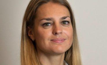 dr. Argay Amanda